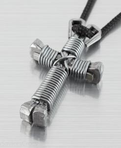 titanium-cross-necklace